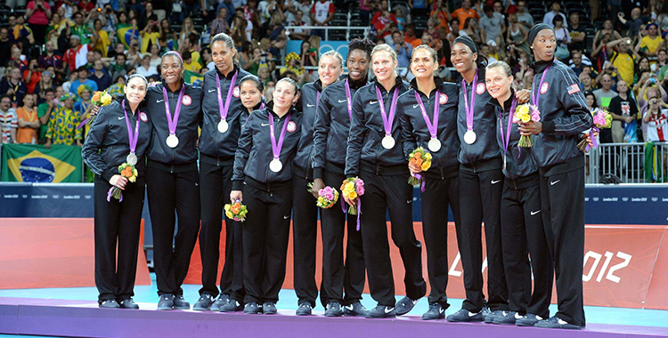 USA-silver-medal-team
